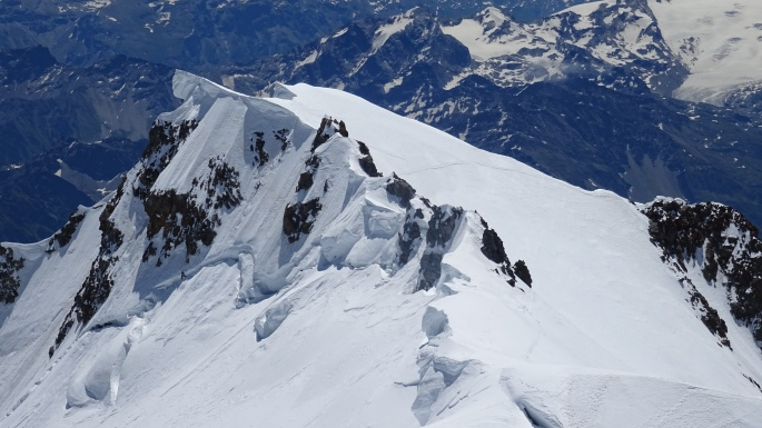 The cornices of Mont Blanc de Courmayeur
